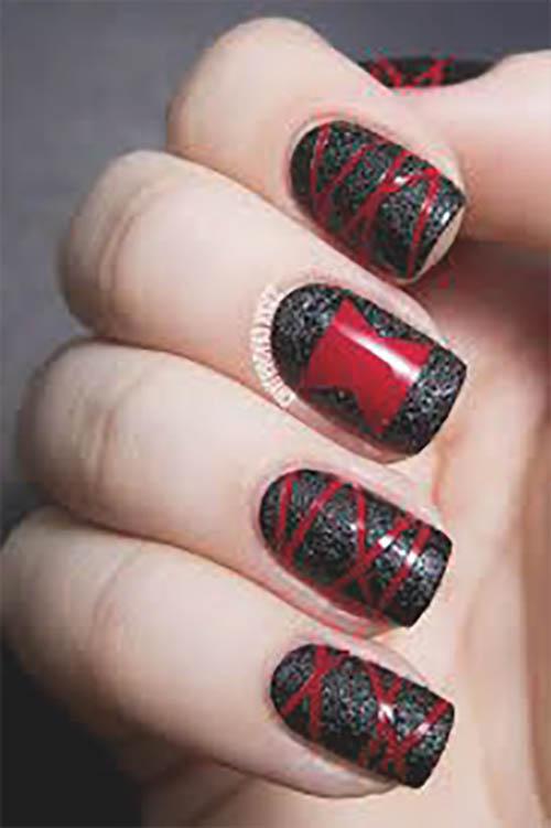 Uñas de halloween rojo y negro
