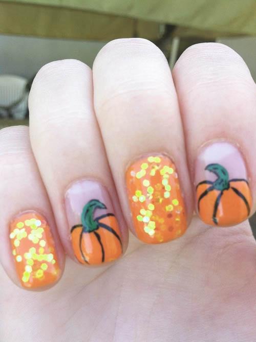 Las mejores Uñas de halloween y Uñas para halloween para compartir con tus seres queridos. Encontralas gratis en http://www.Tarjetaz.com