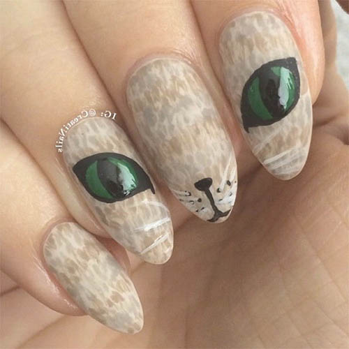 Uñas de halloween gatitos